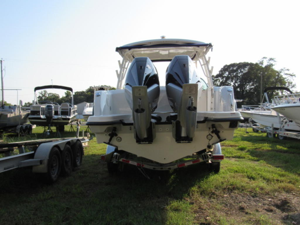 2019 Boston Whaler boat for sale, model of the boat is 270 Vantage & Image # 5 of 22