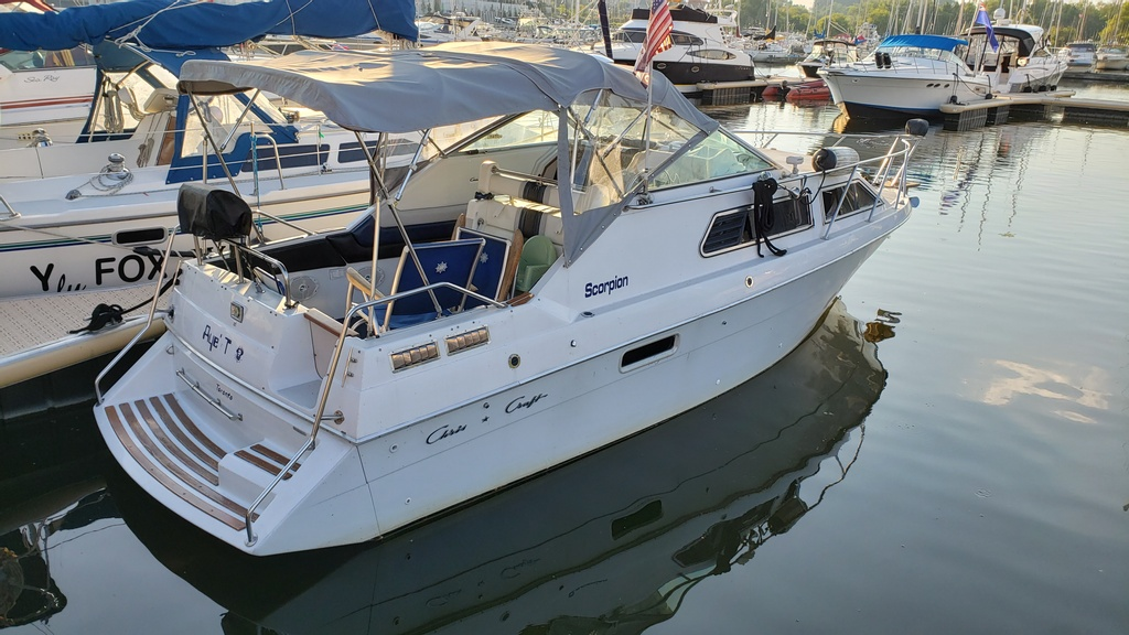 1986 Chris Craft boat for sale, model of the boat is Scorpion Aft Cabin & Image # 1 of 28
