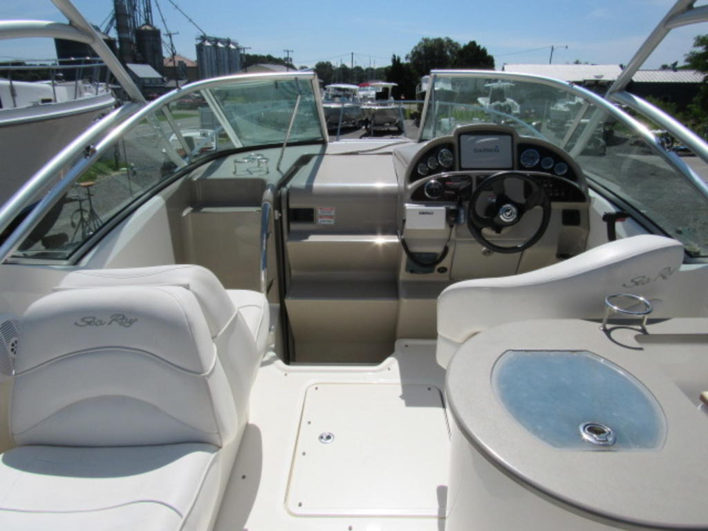 2006 Sea Ray boat for sale, model of the boat is 270 Amberjack & Image # 14 of 48