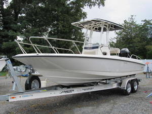 2019 BOSTON WHALER 240 DAUNTLESS for sale