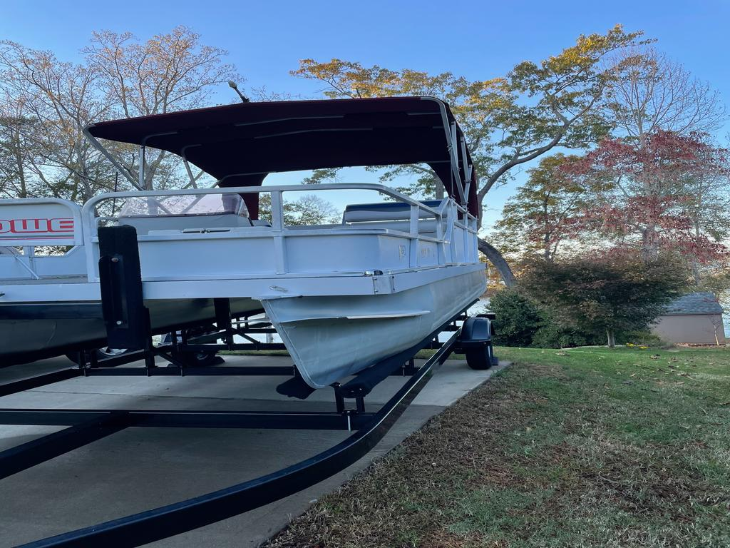 1989 Lowe boat for sale, model of the boat is RESTORED - ALL NEW WITH 40 HP, WITH TRAILER AND BOAT COVER & Image # 8 of 9