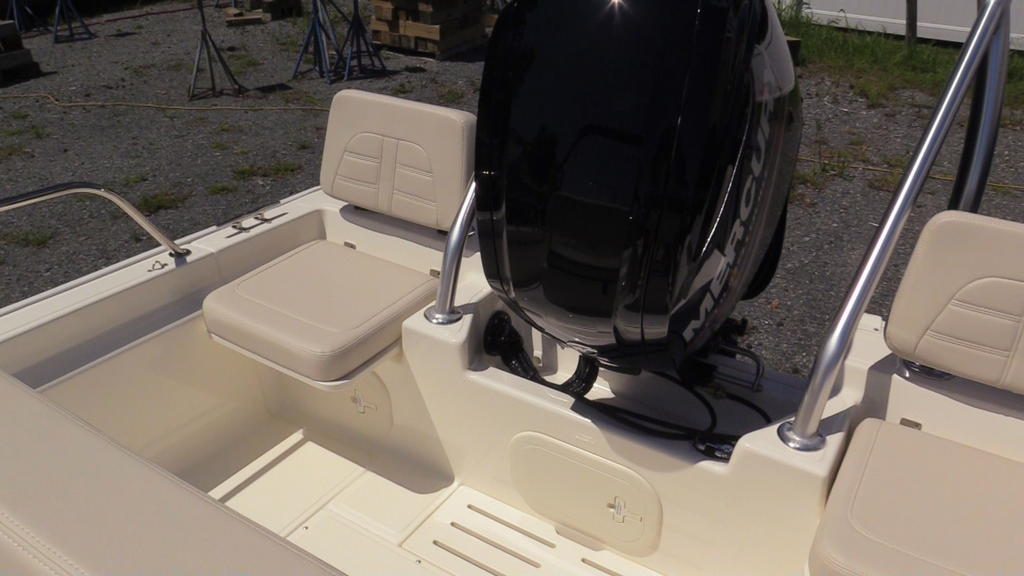 2019 Boston Whaler boat for sale, model of the boat is 170 Montauk & Image # 15 of 24