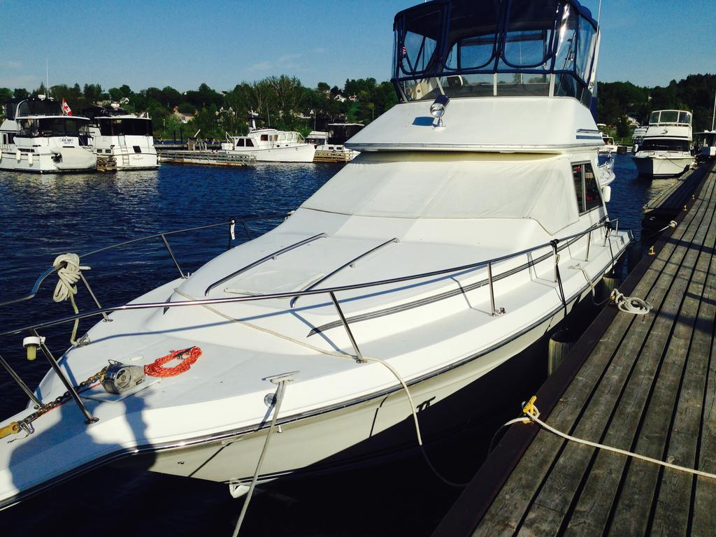 1989 Sea Ray boat for sale, model of the boat is 340 / 345 Sedan Bridge & Image # 43 of 52