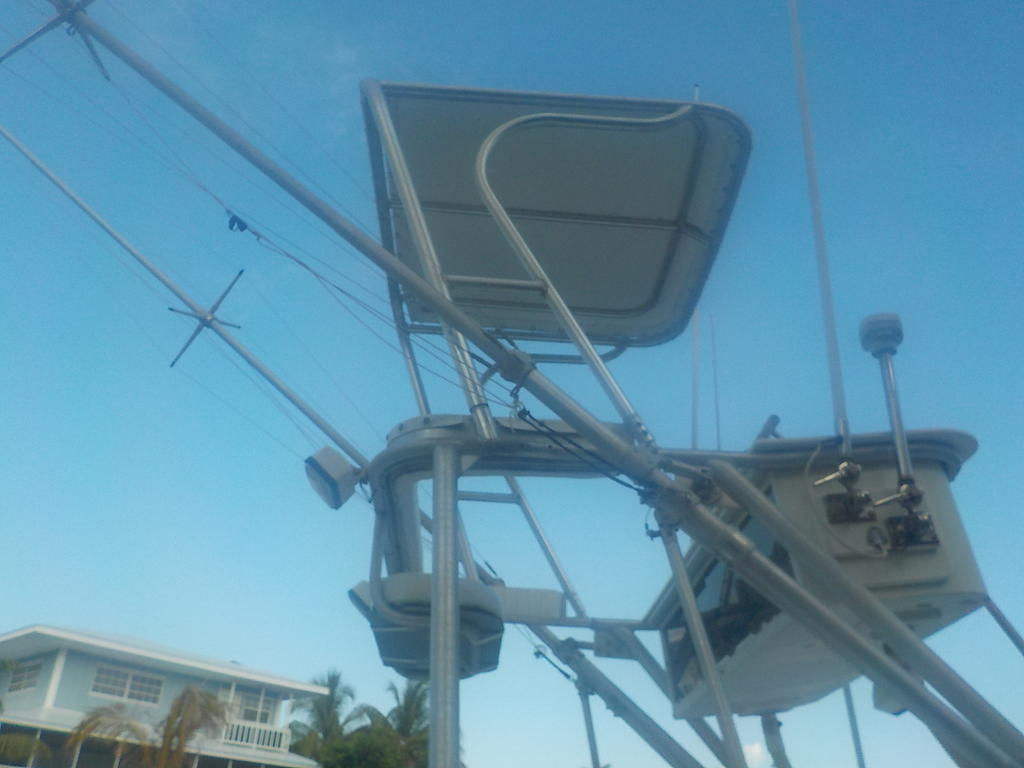 1985 Mako boat for sale, model of the boat is 284  CC Cuddy Cabin & Image # 13 of 15