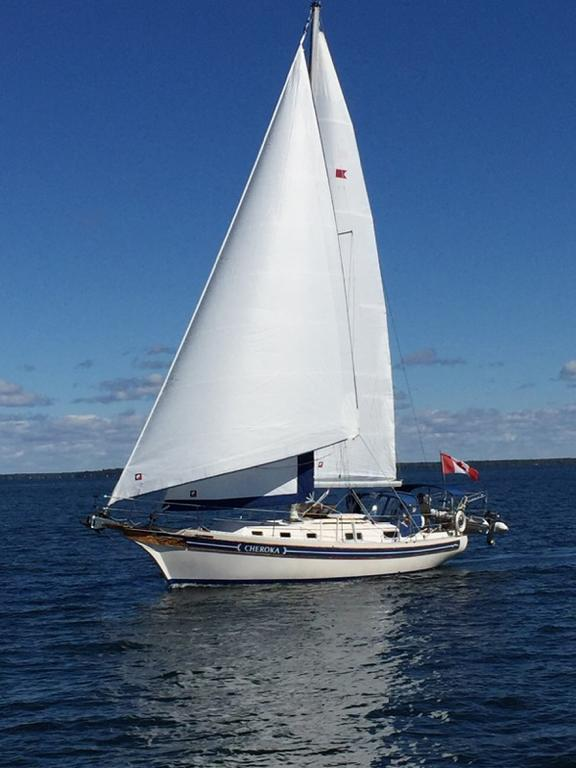 1986 Bayfield Yachts boat for sale, model of the boat is 36 & Image # 1 of 17