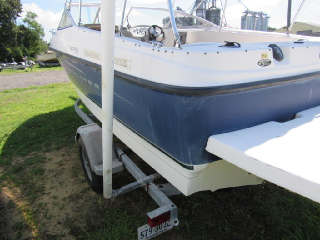 2008 Bayliner boat for sale, model of the boat is 210 Discovery & Image # 7 of 31