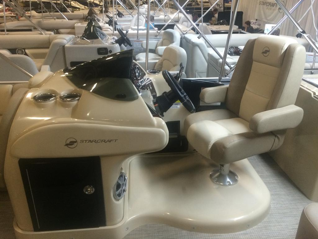 2016 Starcraft boat for sale, model of the boat is MX 23 C & Image # 11 of 13