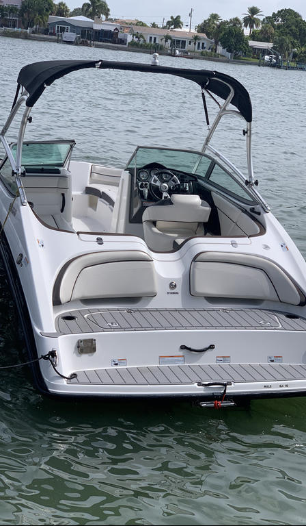 2013 Yamaha boat for sale, model of the boat is AR210 & Image # 4 of 10