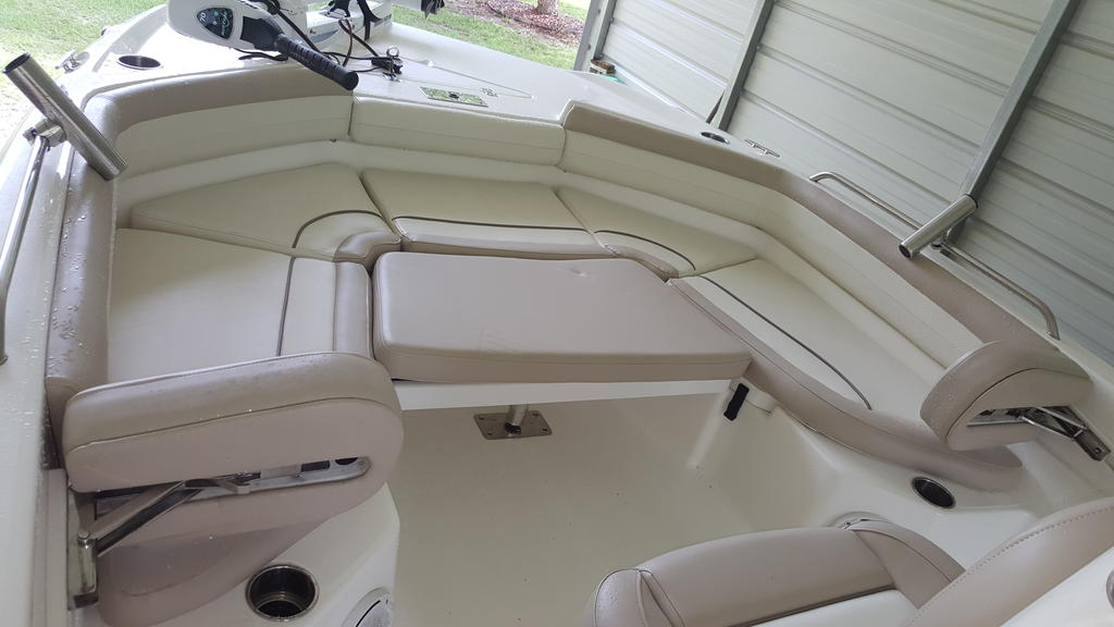 2017 Nautic Star boat for sale, model of the boat is 211 Angler & Image # 5 of 7