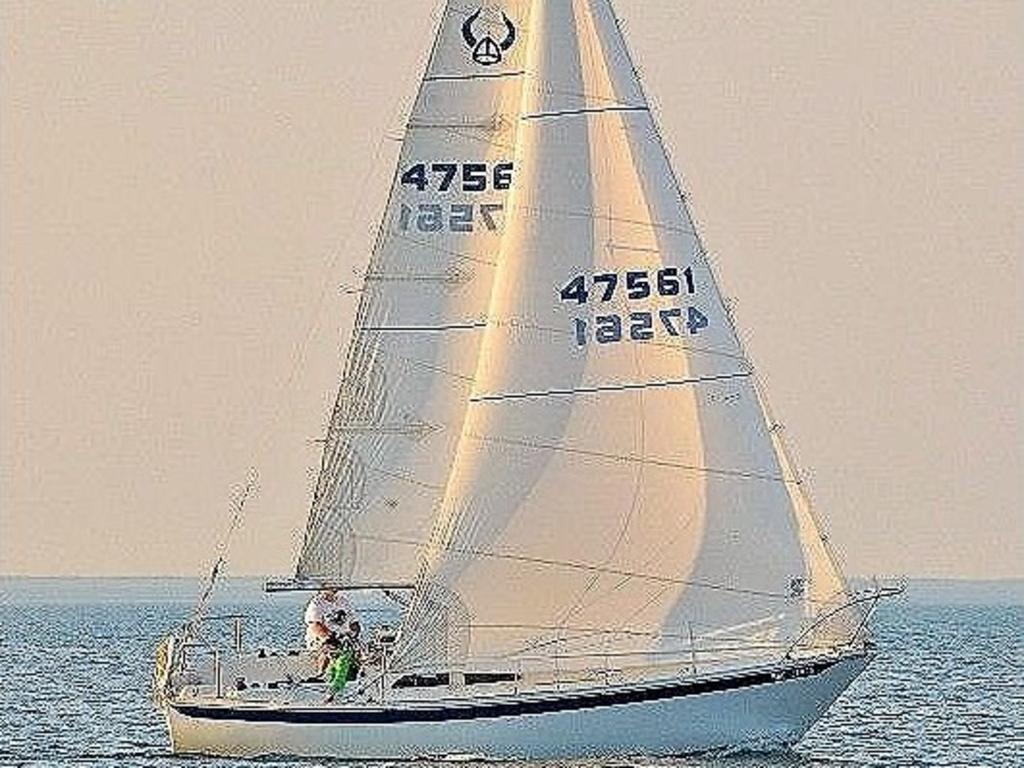 1974 Ericson boat for sale, model of the boat is Ericson 27 & Image # 3 of 8