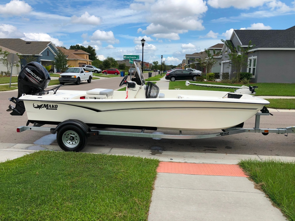 2019 Mako boat for sale, model of the boat is 17 Pro Skiff & Image # 1 of 3