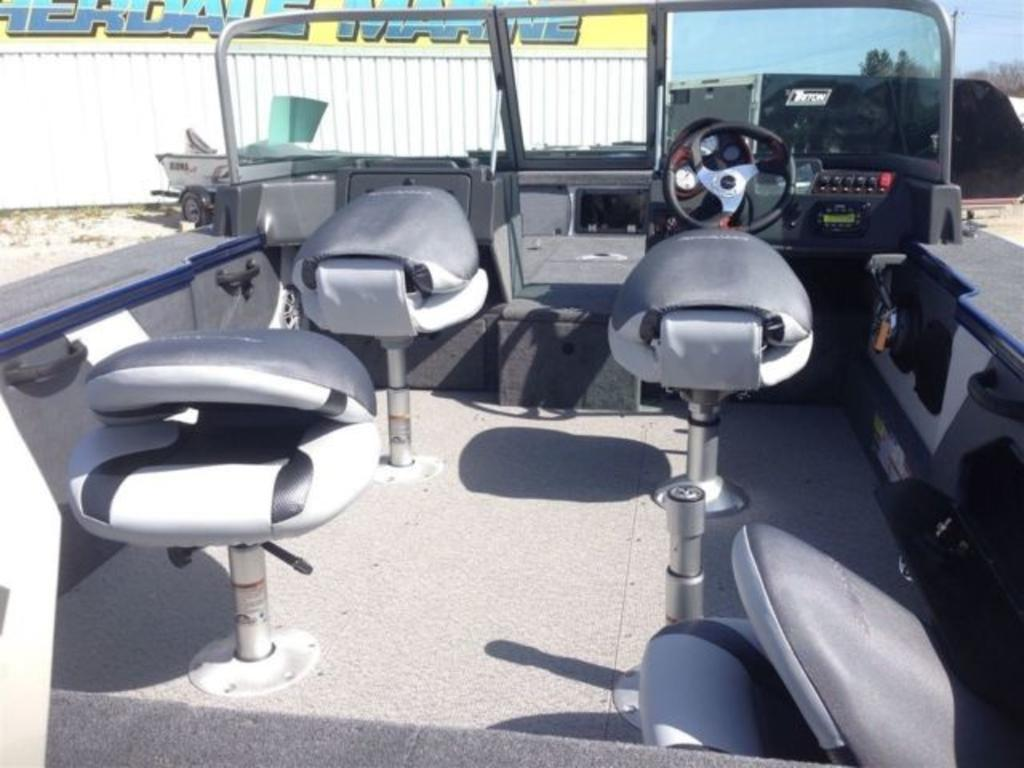 2015 Alumacraft boat for sale, model of the boat is Dominator 185 LE & Image # 5 of 12