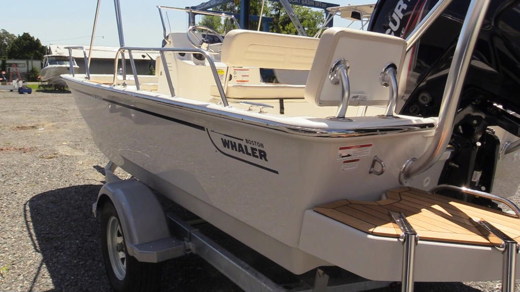 2019 Boston Whaler boat for sale, model of the boat is 170 Montauk & Image # 7 of 24