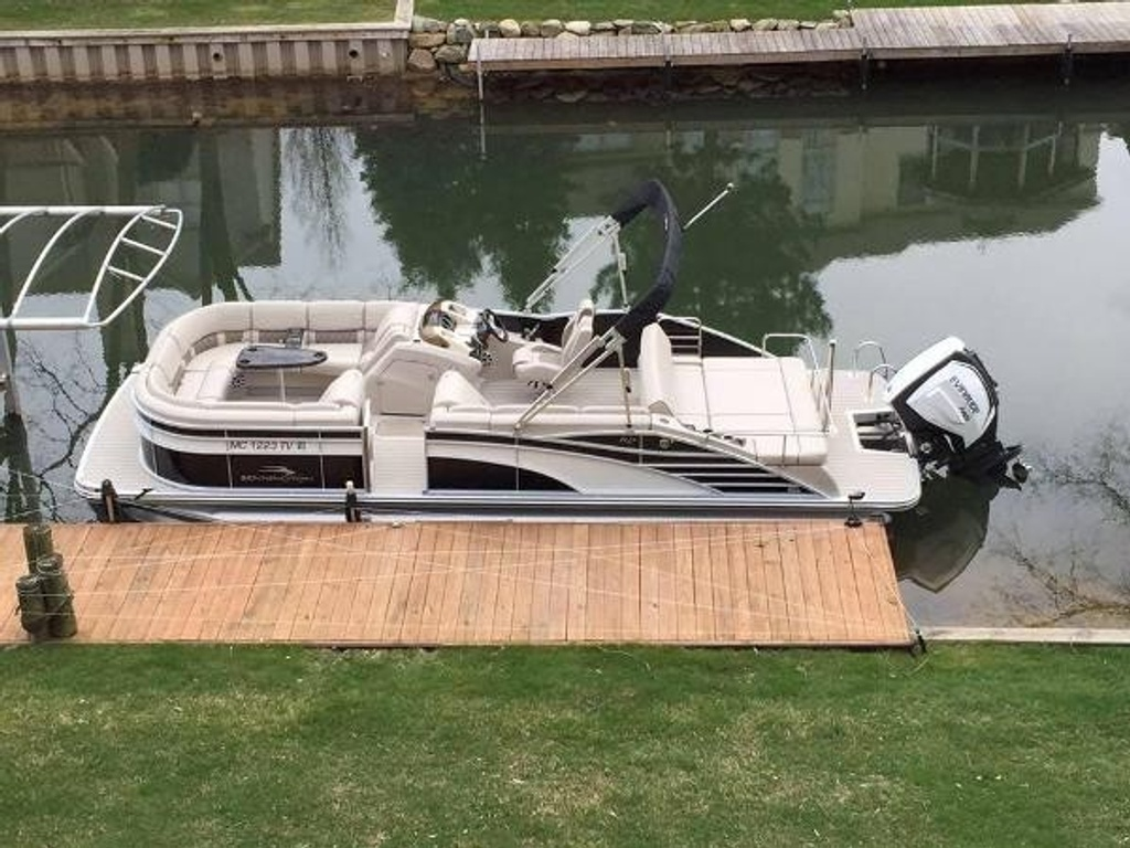 2016 Bennington boat for sale, model of the boat is 2375 RSB - R Series (Rear Swing Back) with Eliptical Sports Package (ESP) - SOLD & Image # 1 of 12
