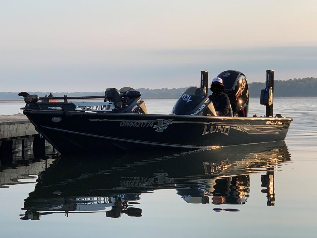 2019 Lund boat for sale, model of the boat is 1875 Pro-V Bass & Image # 1 of 10