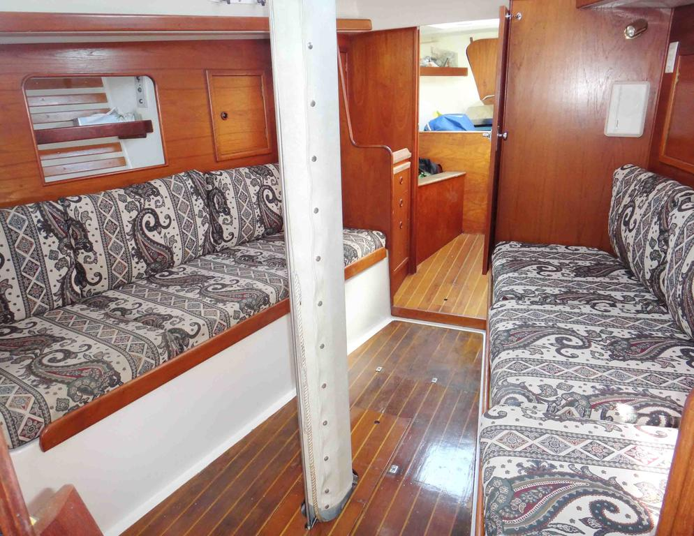1981 Niagara boat for sale, model of the boat is 35 MkI Sloop & Image # 6 of 18