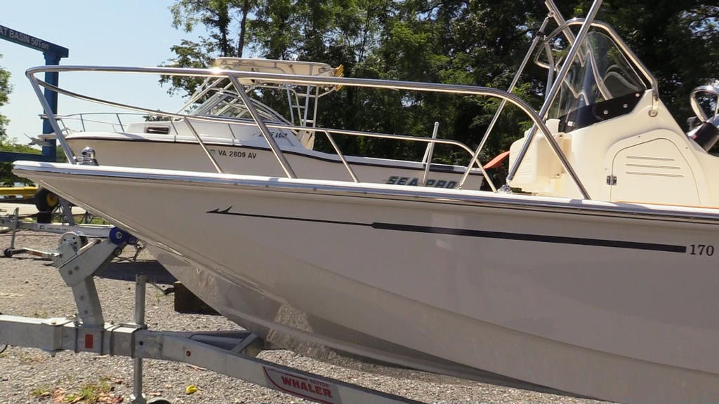 2019 Boston Whaler boat for sale, model of the boat is 170 Montauk & Image # 4 of 24