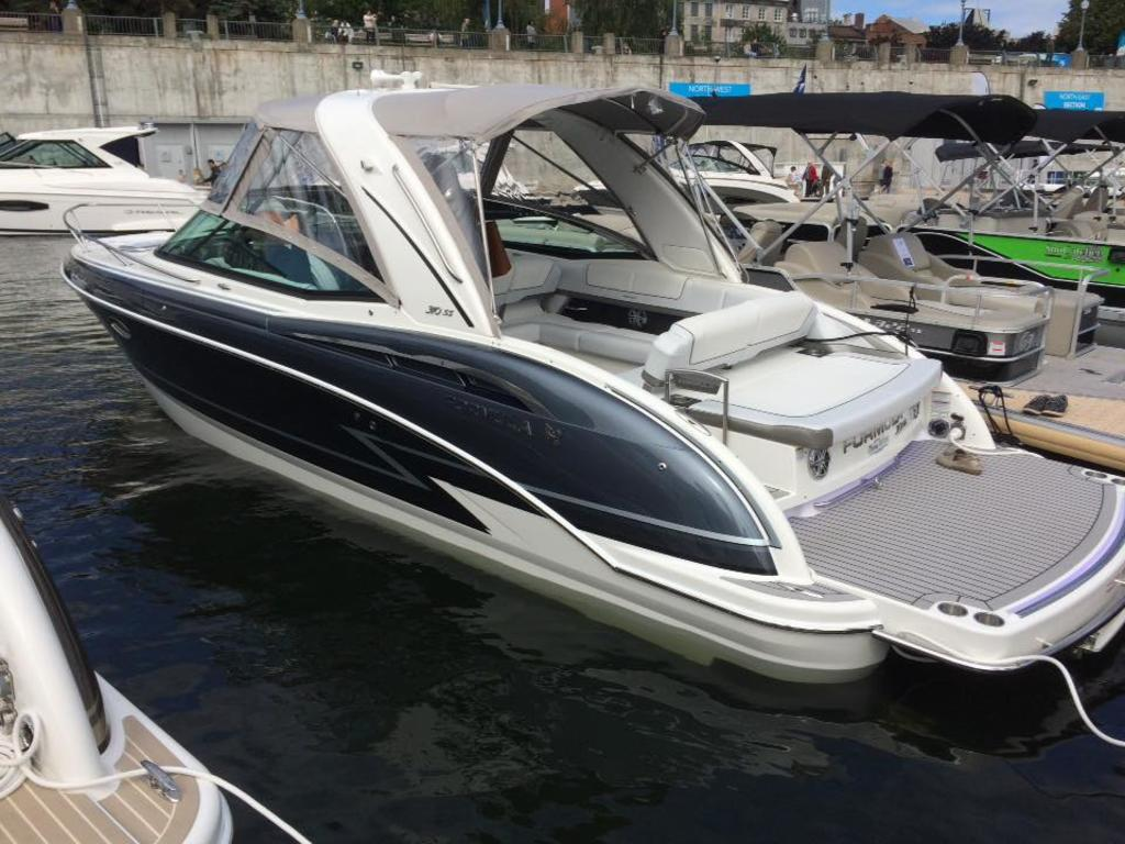 2017 Formula boat for sale, model of the boat is 310 SS & Image # 1 of 16