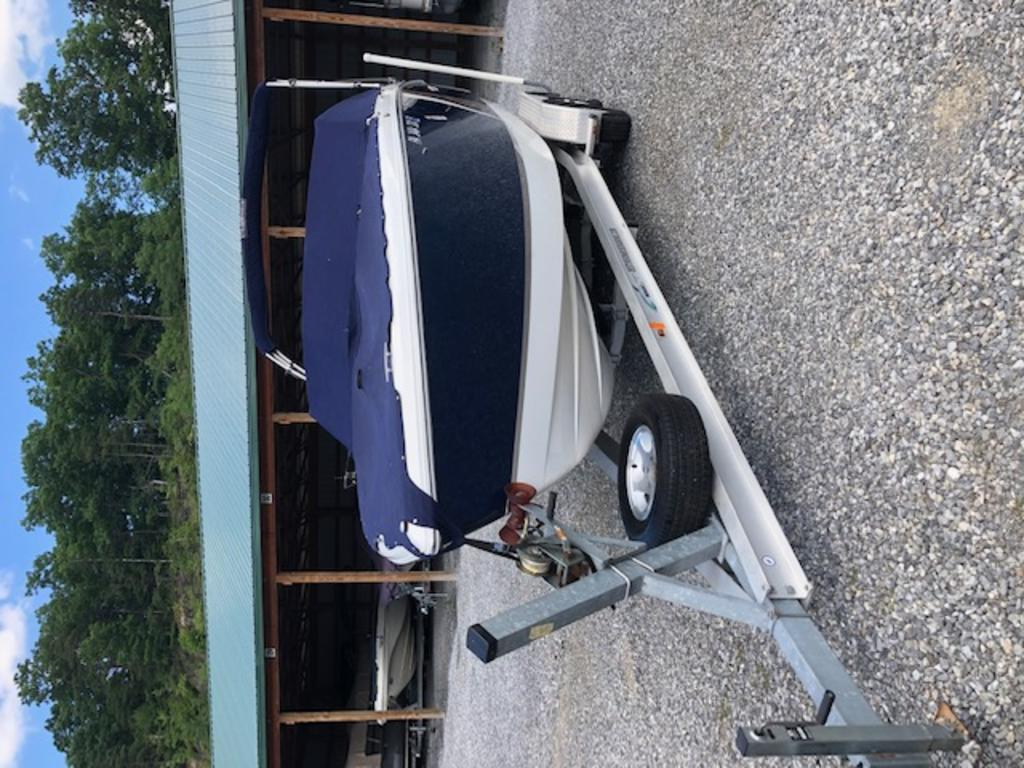 2015 Cobalt boat for sale, model of the boat is R5 & Image # 18 of 34