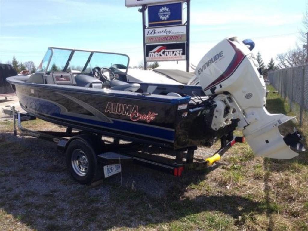 2015 Alumacraft boat for sale, model of the boat is Dominator 185 LE & Image # 10 of 12
