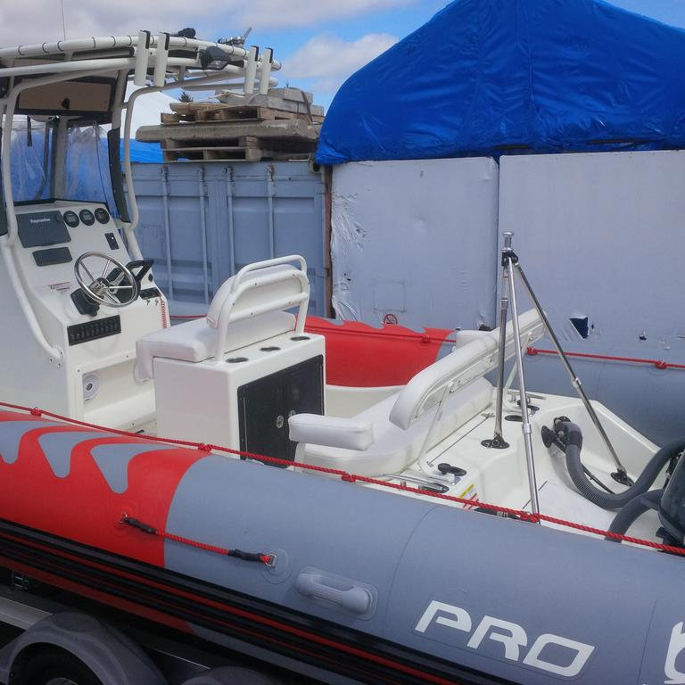 2018 Zodiac boat for sale, model of the boat is Pro 750 T Top & Image # 10 of 11
