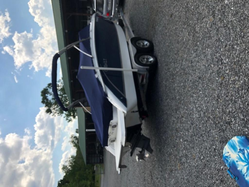 2015 Cobalt boat for sale, model of the boat is R5 & Image # 9 of 34