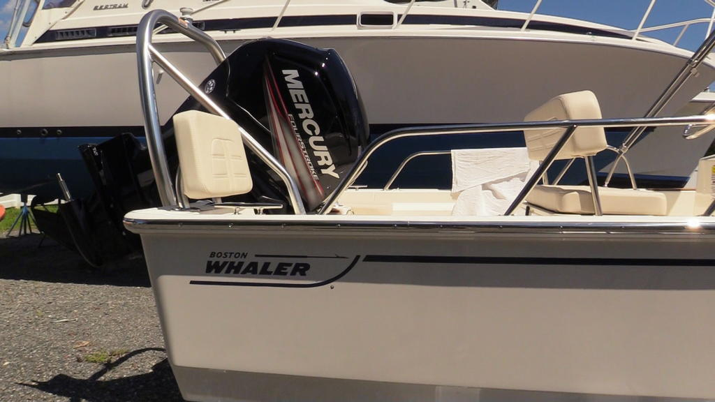 2019 Boston Whaler boat for sale, model of the boat is 170 Montauk & Image # 5 of 24