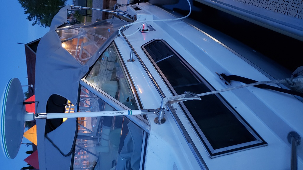 1986 Chris Craft boat for sale, model of the boat is Scorpion Aft Cabin & Image # 7 of 28