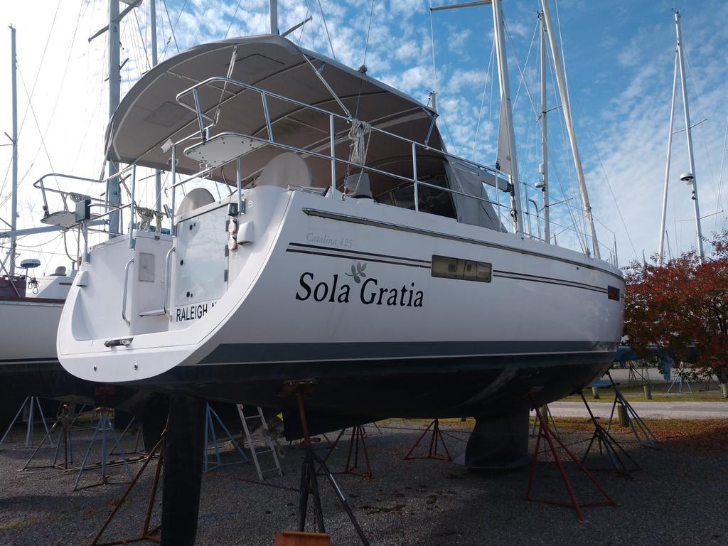 2017 Catalina Yachts Cruiser Series boat for sale, model of the boat is 425 & Image # 2 of 11