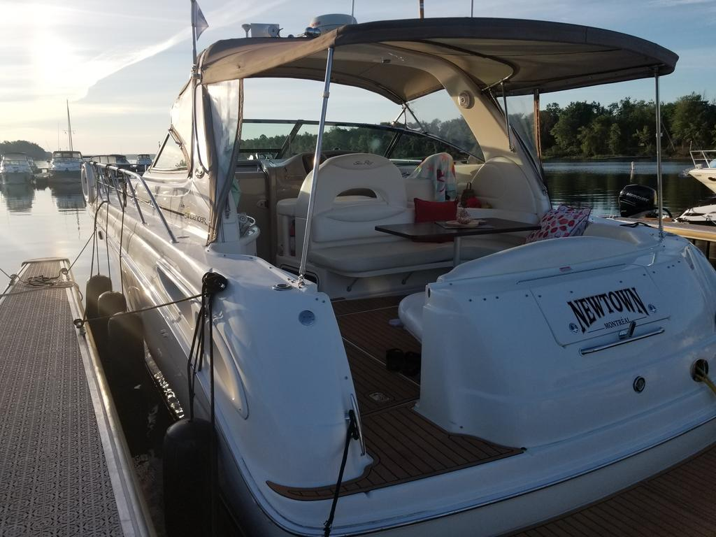2001 Sea Ray boat for sale, model of the boat is Sundancer 380 & Image # 12 of 13