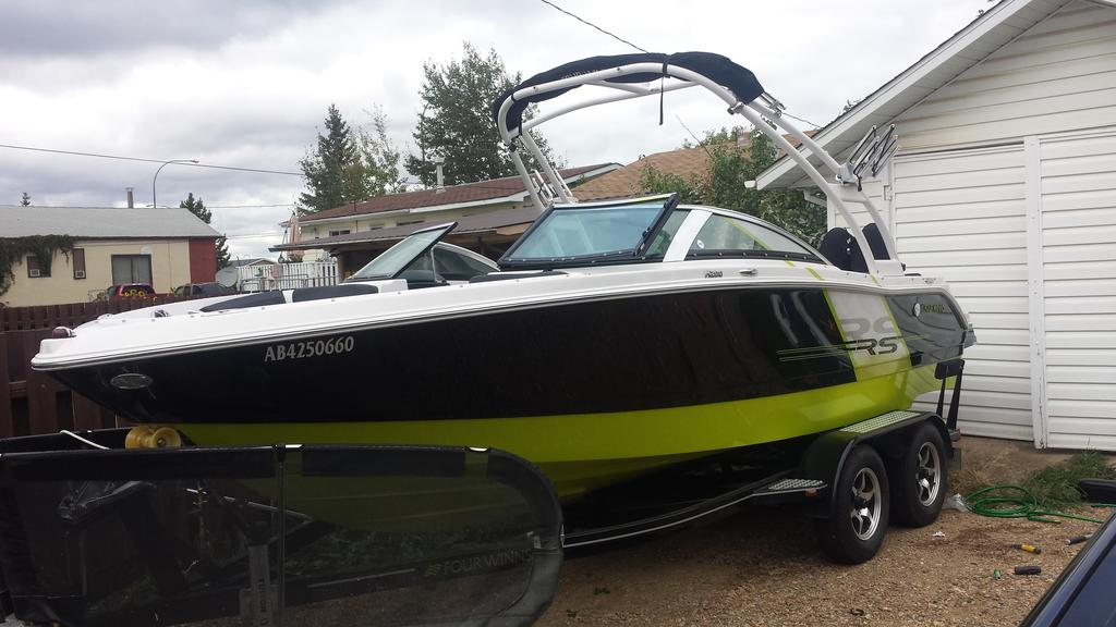 2014 Four Winns boat for sale, model of the boat is RS Series H200 RS & Image # 2 of 10
