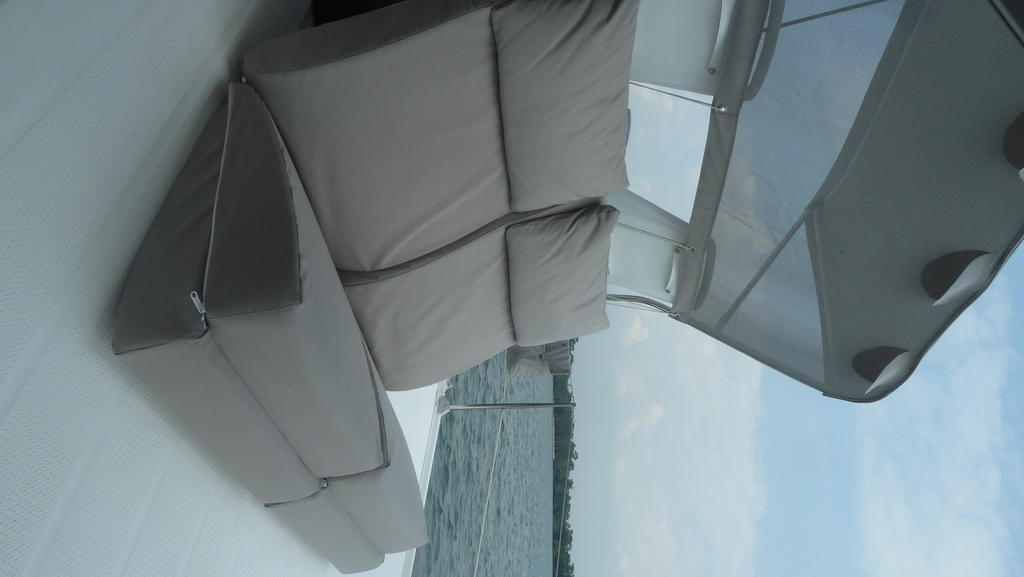 2007 Fountaine Pajot boat for sale, model of the boat is Orana & Image # 7 of 8