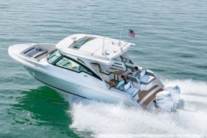 2021 TIARA YACHTS 34LX for sale