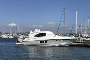 2013 CRUISERS YACHTS CANTIUS for sale