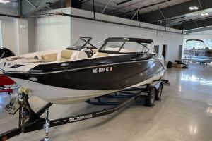 2017 SCARAB 255PLATINUMSE for sale