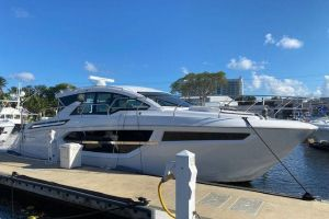 2021 CRUISERS YACHTS 42CANTIUS for sale
