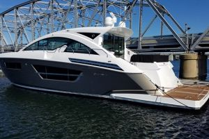 2018 CRUISERS YACHTS 60 CANTIUS for sale