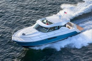2019 TIARA YACHTS 44 for sale