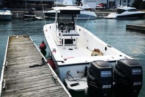 1995 MAKO 261 for sale