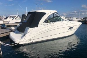 2015 CRUISERS YACHTS 380 EXPRESS for sale