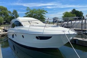 2016 BENETEAU 38 GT for sale