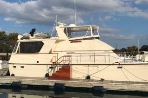 1983 HATTERAS 48MY for sale