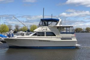 1987 CHRIS CRAFT 426 CATALINA for sale