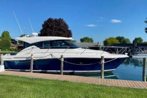 2020 TIARA YACHTS 39 COUPE for sale