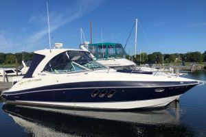 2012 CRUISERS YACHTS 350 EXPRESS for sale