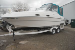 1997 FOUR WINNS 258 VISTA for sale