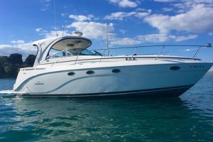 2009 RINKER 400 EXPRESS for sale