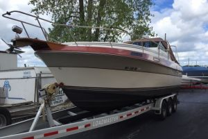 1988 CRUISERS YACHTS V66 for sale