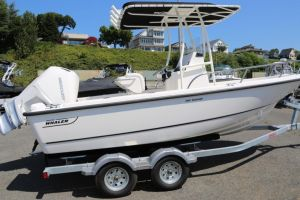 2019 BOSTON WHALER 190 OUTRAGE for sale