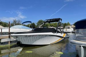 2017 GLASTRON 205 GTS for sale